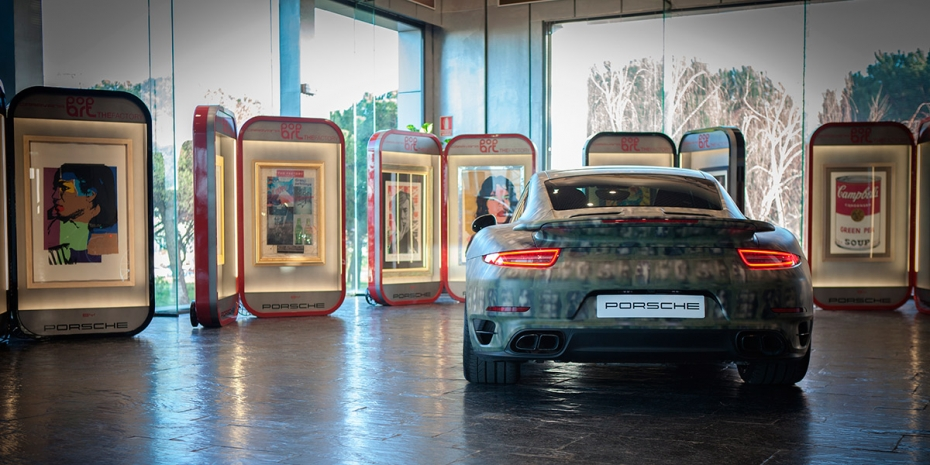 Elementos expositores POP Art The Factory By Porsche